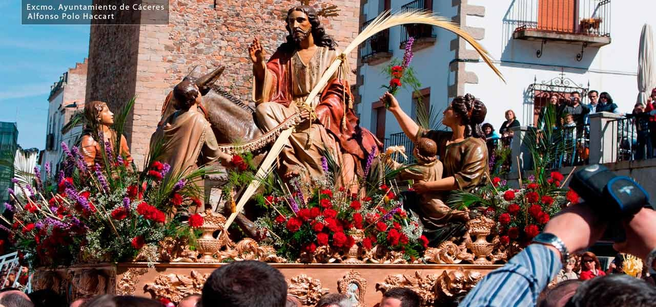 Are you looking for an accomodation in Caceres in Holy Week? Come to Apartment Montesol